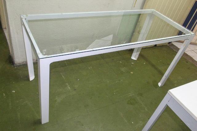 Mesa de Escritório em Ferro e Vidro Branca / Escrivaninha Office