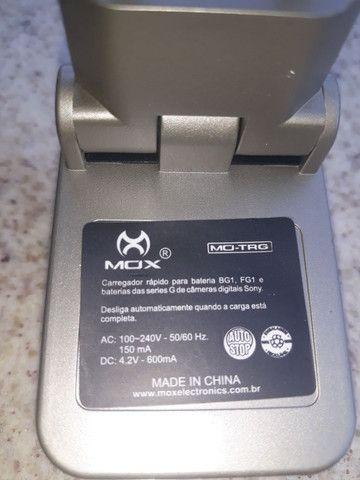 Carregador de bateria para câmera Sony - Foto 2