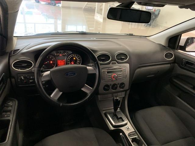 FORD Focus Hatch 2.0 16V 4P GLX AUTOMÁTICO - Foto 9