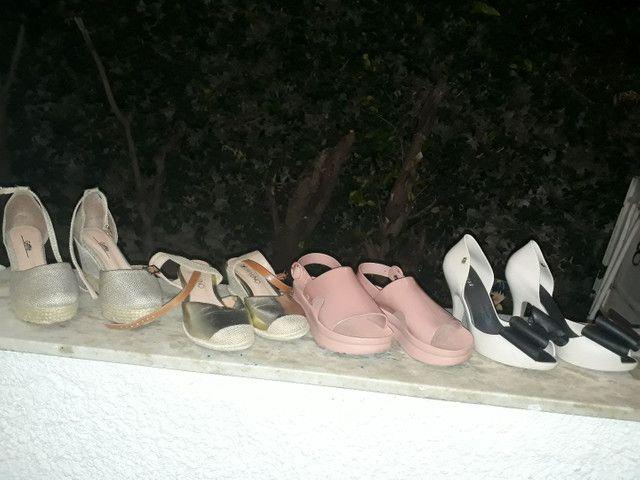 12 pares de sandalias lindas - Foto 3