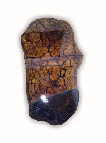 Mesa de centro de madeira resinada
