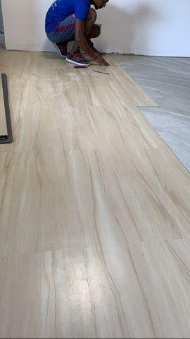 Pisos vinílico,laminado,karpet, rodapé e rodameio - Foto 2