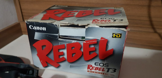 Camera Canon EOS Rebel T3 - Ler descrição - Foto 4