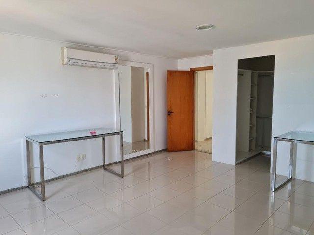 Apartamento com 4 quartos para alugar, 300 m² por R$ 13.500/ano - Pina - Recife/PE - Foto 6