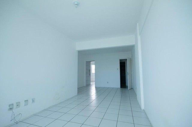 Apartamento com 3 quartos para alugar, 94 m² por R$ 3.385/mês com taxas - Boa Viagem - Rec - Foto 3