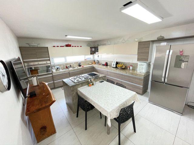 Casa em Condominio Fechado, 04 Suites sendo 1 master com hidromassagem - Foto 15