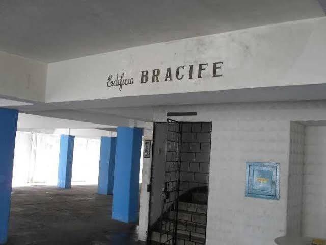 Apartamento com 2 quartos para alugar, 90 m² por R$ 1.800/mês com taxas - Boa Viagem - Rec - Foto 13