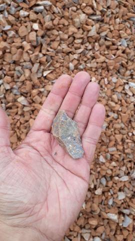 Areia Brita Pedrisco Pó de pedra Saibro