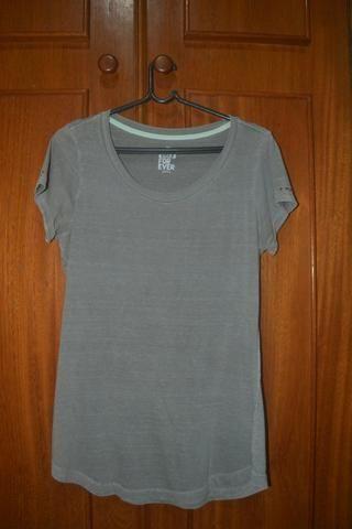 Camiseta Cinza Emme