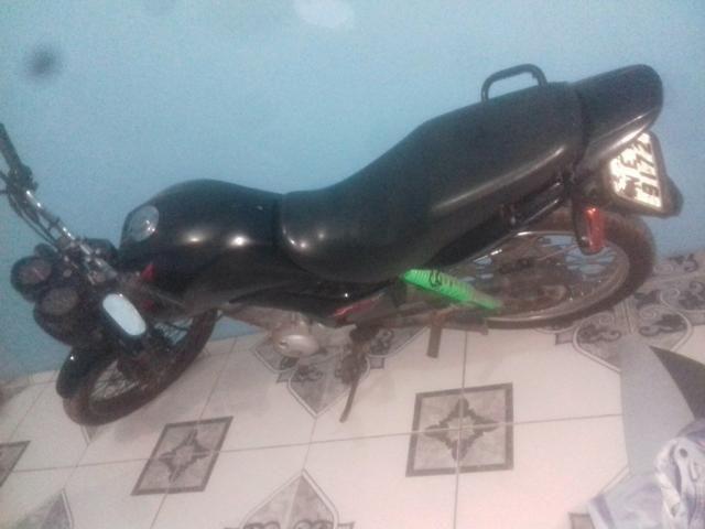 Vendo uma moto fan ou troco pro uma biz