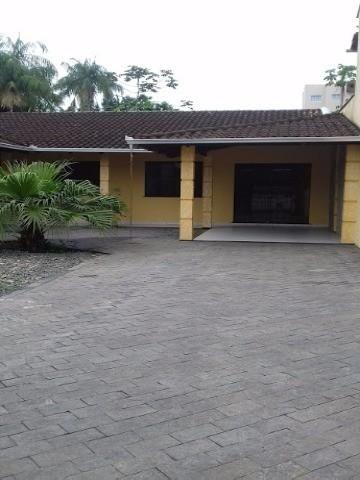 Maravilhosa Casa Averbada Para Venda no Bairro Vila Nova
