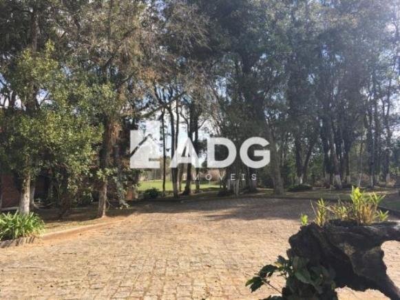 Linda Chácara no Umbará medindo 11.518,99 m² de área total