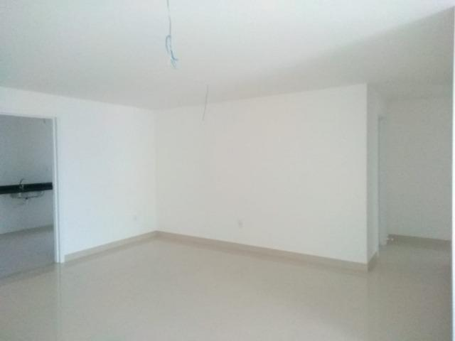 Apartamento com 03 quartos/suíte na Costa do Sol, com 02 vagas e área de Lazer completa! - Foto 4