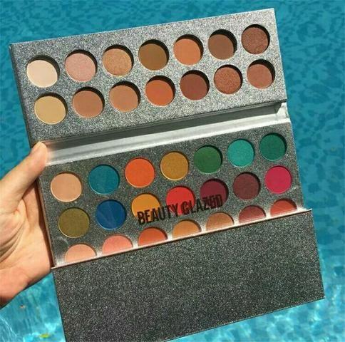 Paleta de sombra beauty glazed 63 cores Leia a descrição - Foto 2