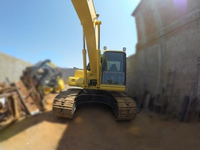Escavadeira komatsu pc200 - Foto 6