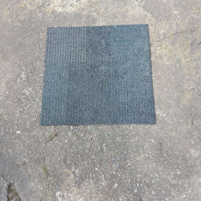 Carpete em Placa 50x50 Venda Por m² - Foto 3