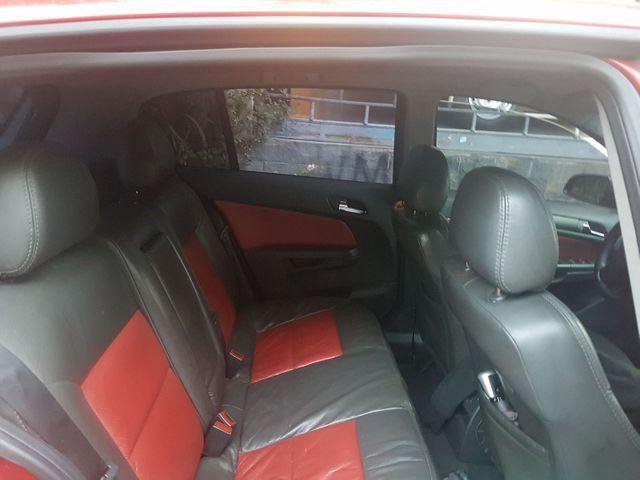 GM VECTRA GT 2.0 HATCH MANUAL BAIXO KM - Foto 5