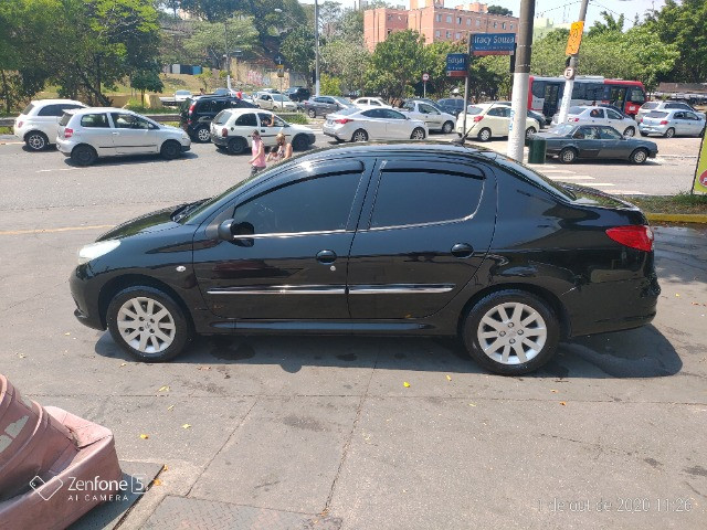 Peugeot 207 Passion 1.6 completo - Foto 11