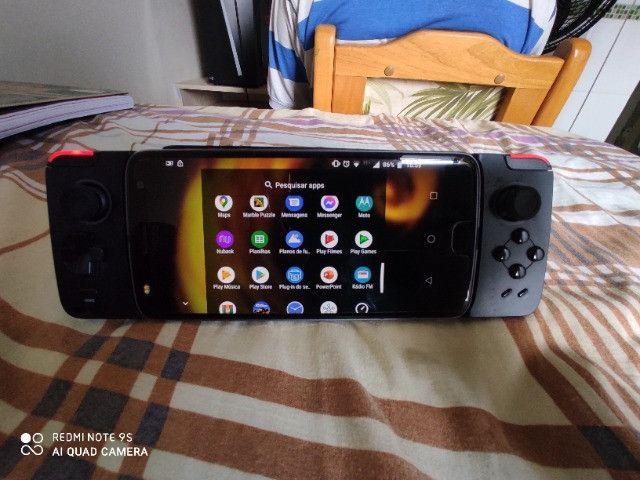 Moto Z2 Play com 2 snaps - Foto 2