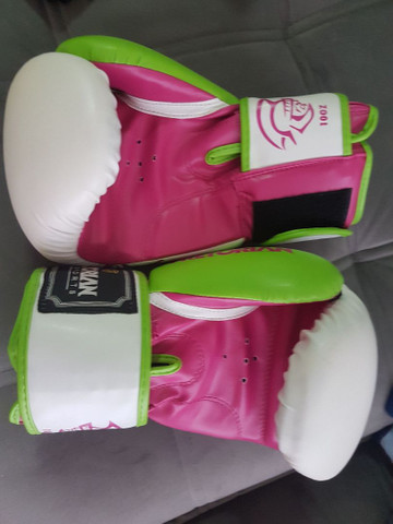 Luva de Muay Thai / Boxe