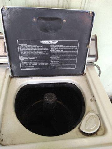 Máquina de lavar com defeito não funciona a parte de centrífuga