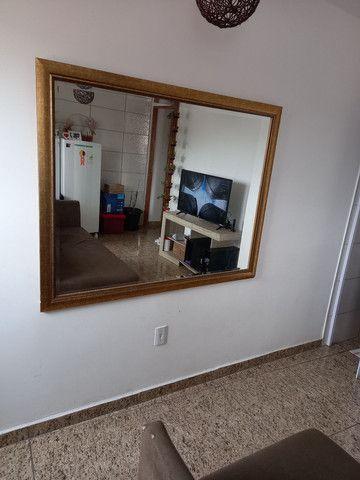 Espelho com moldura grossa dourada  - Foto 2
