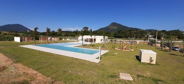 Condomínio Dom Village Maricá - Compre e ganhe o projeto aprovado da sua casa! - Foto 3