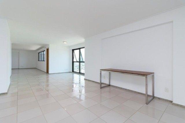 Apartamento com 4 quartos para alugar, 300 m² por R$ 13.500/ano - Pina - Recife/PE - Foto 13