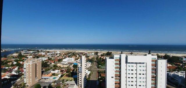 Apartamento 4 Dormitórios - Bairro Praia Grande - Foto 14
