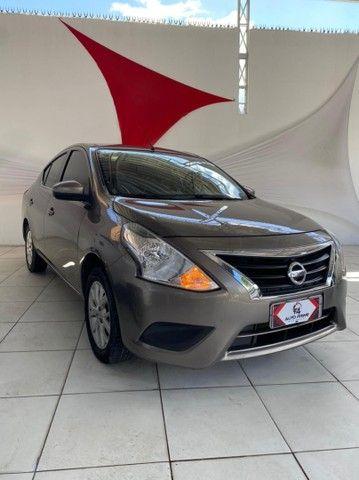 Nissan Versa SV 1.6 2017