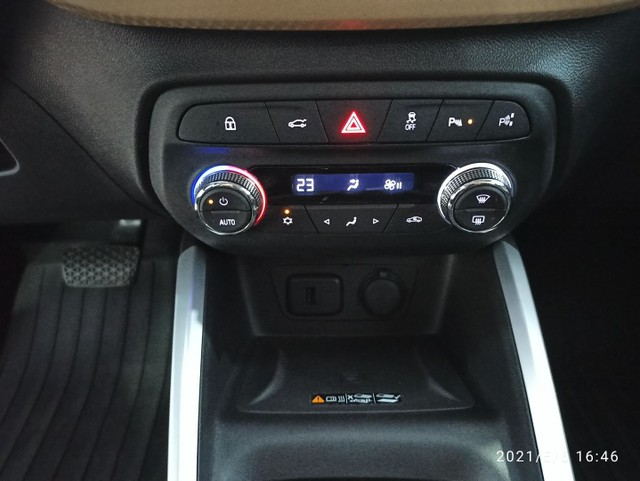 Onix Plus Premier (2) 1.0 Turbo 116CV (2020) - Foto 13