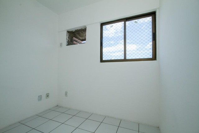 Apartamento com 3 quartos para alugar, 94 m² por R$ 3.385/mês com taxas - Boa Viagem - Rec - Foto 10