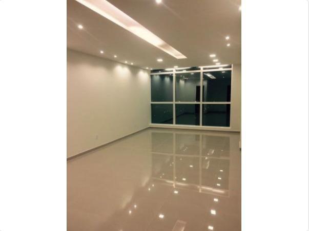 Centro Empresarial Shopping da Ilha, Salas de 34 m²