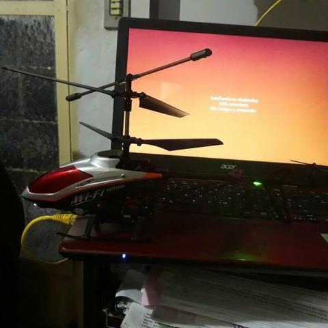 Helicóptero udirc w15 wifi