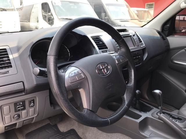 Toyota Hilux Cd Srv 3.0 Diesel 4X4 Automatica impecavel 107 mil km - Foto 8
