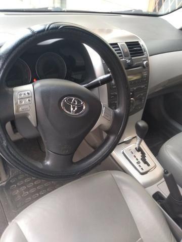 Toyota Corolla GLI 1.8 Automático - Foto 2