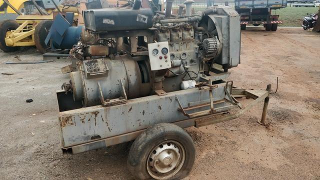Grupo Gerador 30 KVA Motor MWM Negrini - Foto 3