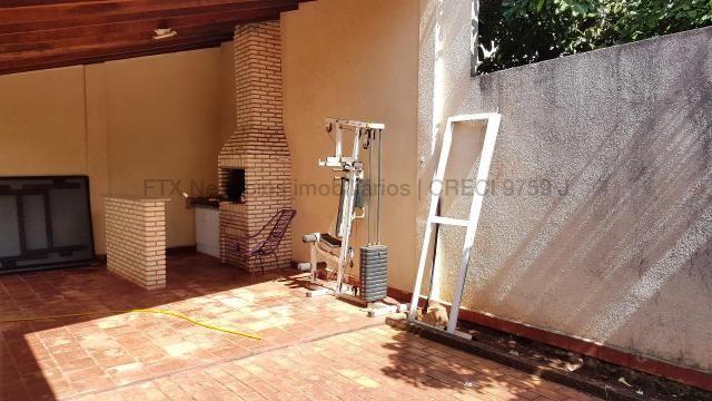 Casa com cômodos amplos 150,28 m² de área construídas - Coopharádio. - Foto 9