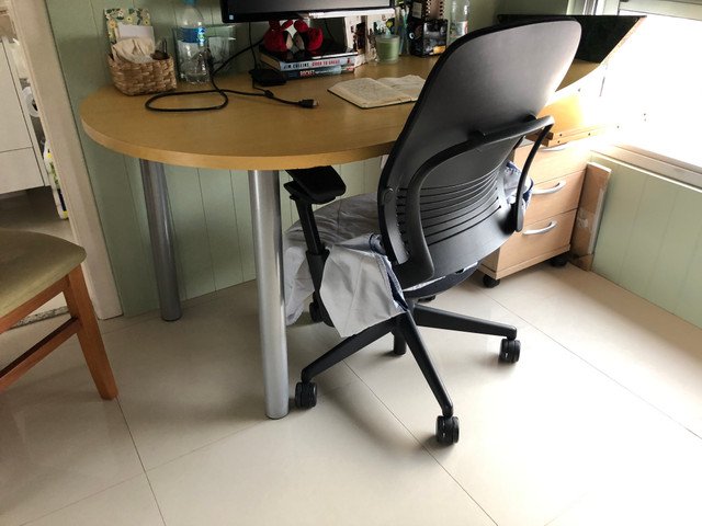 Mesa escritório / Escrivaninha / Mesa