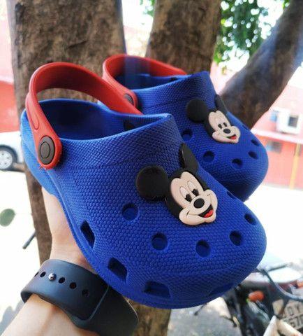 Lindos Crocs / tênis / calçados infantil  - Foto 3