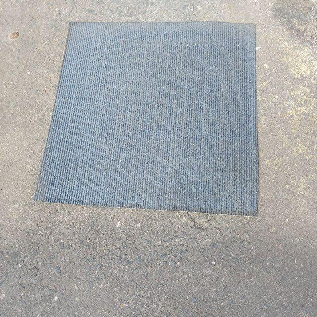 Carpete Em Placa 61×61 Venda Por M² - Foto 2