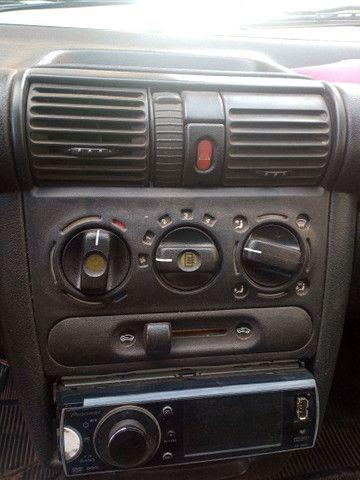 Vendo Corsa sedan - Foto 6