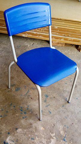 Cadeiras semi novas - Foto 6
