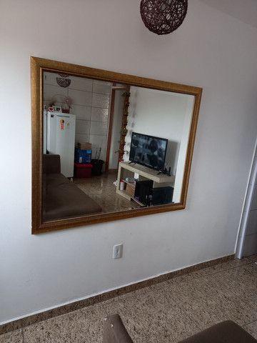 Espelho com moldura grossa dourada  - Foto 3
