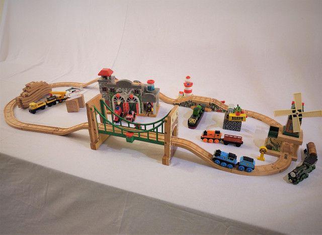 Thomas e seus amigos em madeira! - Foto 5