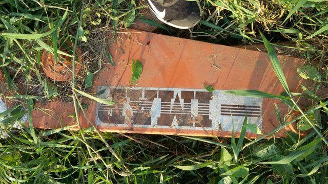 Vende-se uma retro escavadeira  - Foto 2