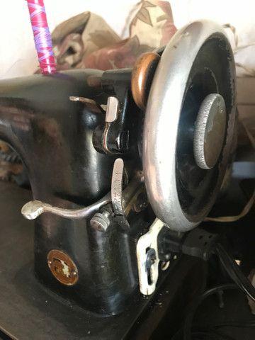 Máquina de costura LADA - Foto 3