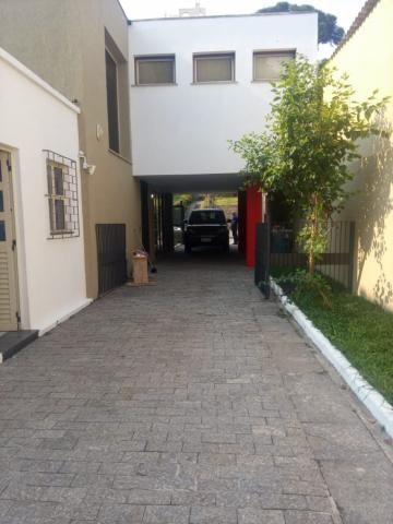 Linda residência comercial com muitas salas e amplo estacionamento - Foto 3