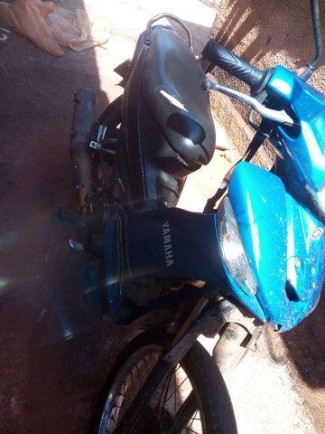 Vende-se moto clypton 2013 em dias com detalhes valor dela e 4500 entrego por 3500 - Foto 2