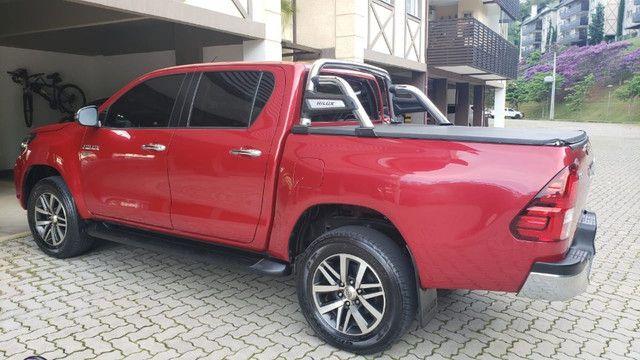 Toyota Hilux SRV 4X2 - Flex + GVN - Foto 2